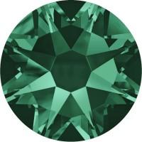 Xirius Rose Rhinestone ss34 Emerald F
