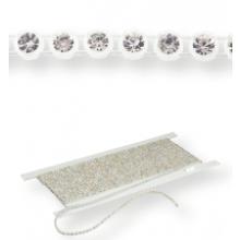 Plastic Rhinestone Banding ss19 (5.3mm) 1 row, Crystal F (C00030), White plastic base, White threads